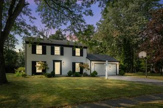 2930 Old Orchard Rd, Fort Wayne, IN 46804