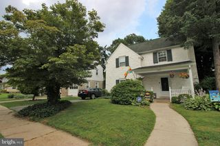 143 Woodlawn Ave, Upper Darby, PA 19082