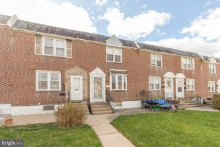 2256 S Harwood Ave, Upper Darby, PA 19082