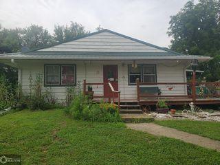 15472 200th Ave, Eddyville, IA 52553
