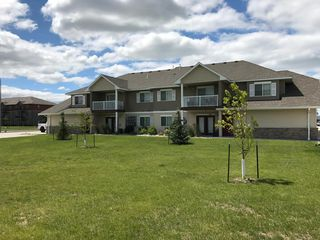 3540 S 18th St, Grand Forks, ND 58201