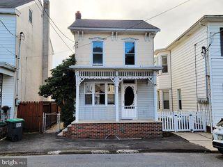 52 N Nice St, Frackville, PA 17931