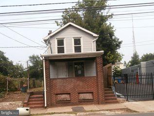 843 Calhoun St, Trenton, NJ 08618