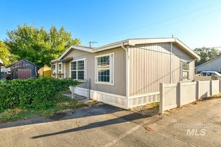 1951 N Hampton Rd #B1, Boise, ID 83704