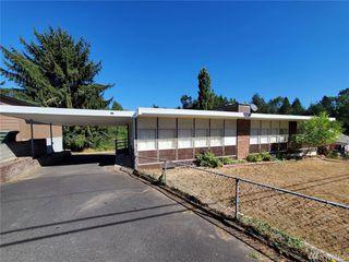 711 Nevada Dr, Longview, WA 98632