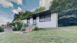 5104 Greentree Dr, Nashville, TN 37211