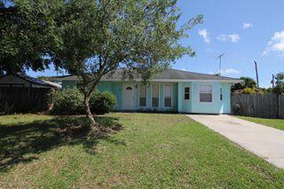 674 August St SE, Palm Bay, FL 32909
