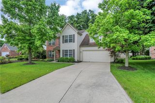 10326 Packard Dr, Fishers, IN 46037