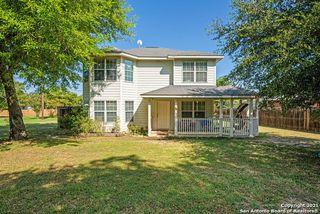 62 Buttercup Ln, Floresville, TX 78114