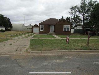 205 SW 3rd St, Dimmitt, TX 79027
