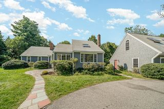 301 Summer St, Norwell, MA 02061