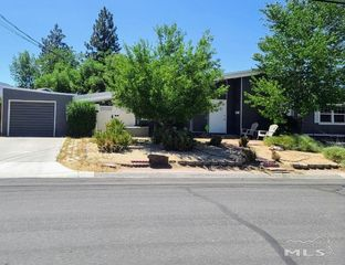 11891 Green Mountain St, Reno, NV 89506