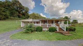 6185 Old Highway 31 E, Bethpage, TN 37022