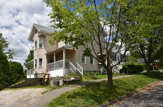 3 Robbins Ave, Pittsfield, MA 01201