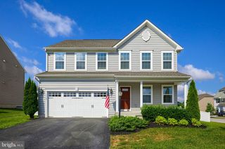 1165 Countryside Rd, Seven Valleys, PA 17360