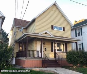 109 Walnut St, Scranton, PA 18512