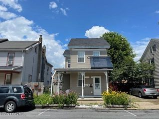 142 Spruce St, Sunbury, PA 17801