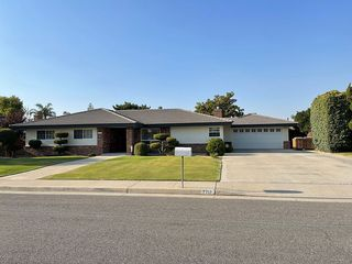 7712 Kimberly Ave, Bakersfield, CA 93308