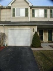 893 Beacon Dr, Hobart, IN 46342