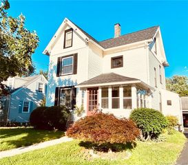 401 Thompson Ave, East Haven, CT 06512