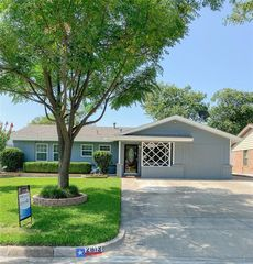 2813 W Fuller Ave, Fort Worth, TX 76133
