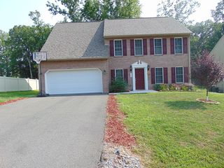 1242 Forest Edge Dr, Forest, VA 24551