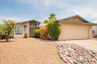 4064 W Lake Echo Rd, Tucson, AZ 85742