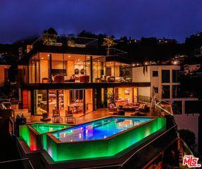8542 Hollywood Blvd, Los Angeles, CA 90069