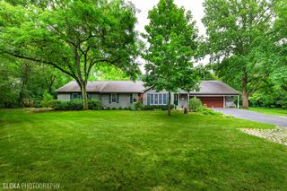 395 Huntley Rd, Crystal Lake, IL 60014