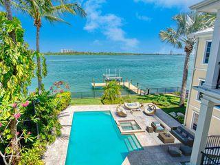 3536 Bayou Louise Ln, Sarasota, FL 34242