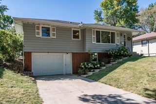 2402 24th St NW, Rochester, MN 55901
