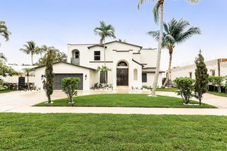716 Kittyhawk Way, North Palm Beach, FL 33408