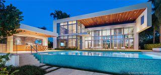 6396 N Bay Rd, Miami Beach, FL 33141