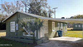 2914 Leonid Rd, Jacksonville, FL 32218