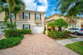 7916 Farina Ct, Sarasota, FL 34238
