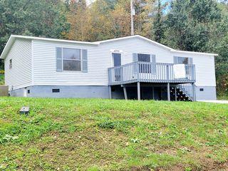 4253 Stone Mountain Rd, Coeburn, VA 24230