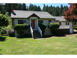 87996 River View Ave, Mapleton, OR 97453