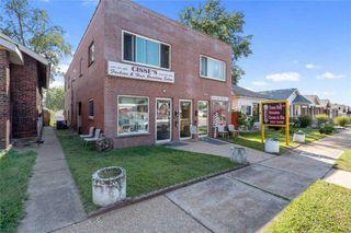 4412 Chippewa St, Saint Louis, MO 63116