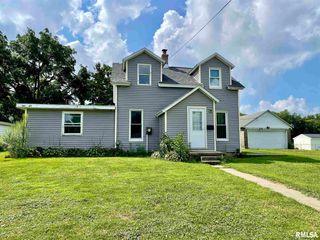 302 W Hill St, Eureka, IL 61530