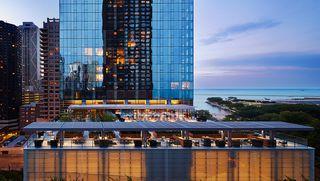 500 Lake Shore Dr, Chicago, IL 60611