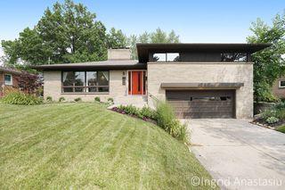 1622 York Dr SE, East Grand Rapids, MI 49506