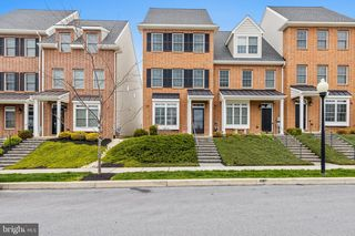 611 W Mulberry St, Kennett Square, PA 19348