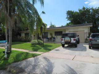 1411 Shirley Ct, Lake Worth, FL 33461