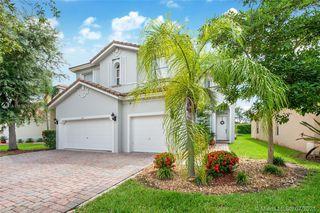 1147 NE 37th Pl, Homestead, FL 33033