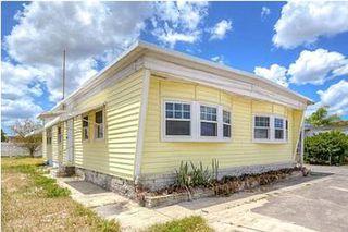 5124 Darlington Rd, Holiday, FL 34690