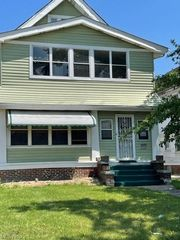 3537 E 147th St, Cleveland, OH 44120
