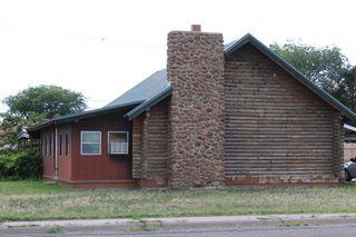 209 E 16th St, Portales, NM 88130