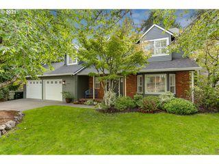 10652 NW Harding Ct, Portland, OR 97229