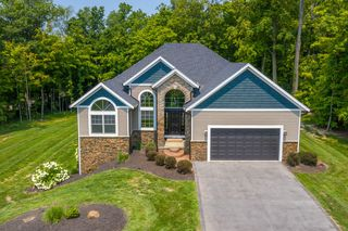 946 Timber Trail Dr, Urbana, OH 43078