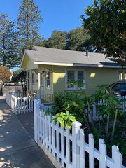 125 16th St, Pacific Grove, CA 93950